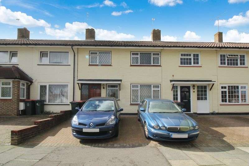 3 Bedrooms Terraced House for sale in Southgate