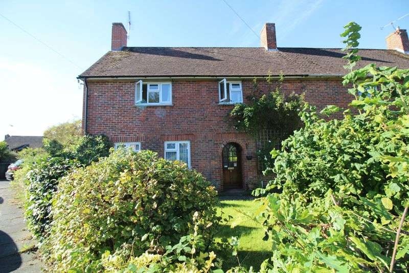 3 Bedrooms Semi Detached House for sale in West Green