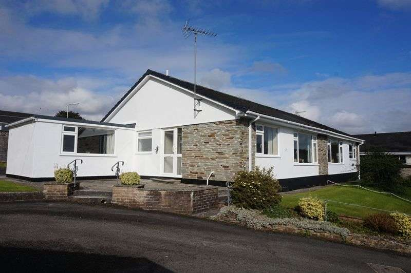 2 Bedrooms Semi Detached Bungalow for sale in Hornapark Close, Lifton