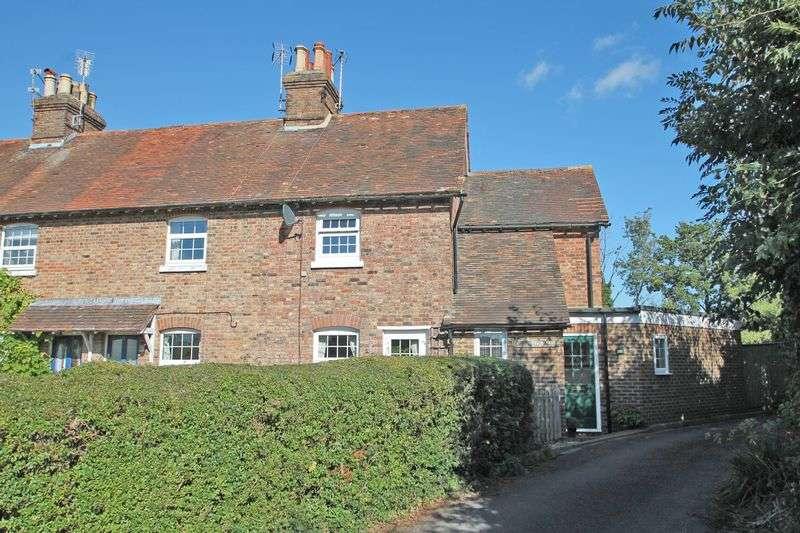 3 Bedrooms Semi Detached House for sale in Kirkins Cottages, Horsmonden