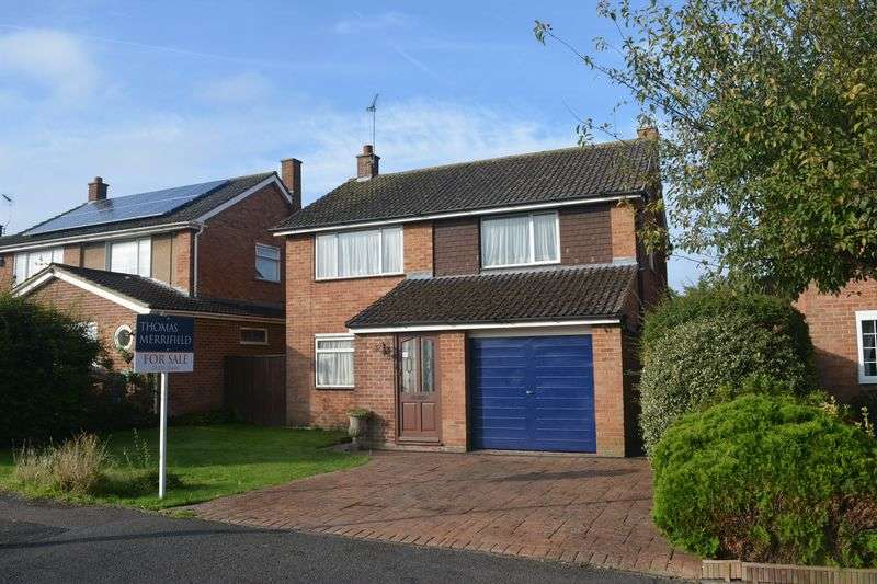 3 Bedrooms Detached House for sale in St. Johns Road, Grove