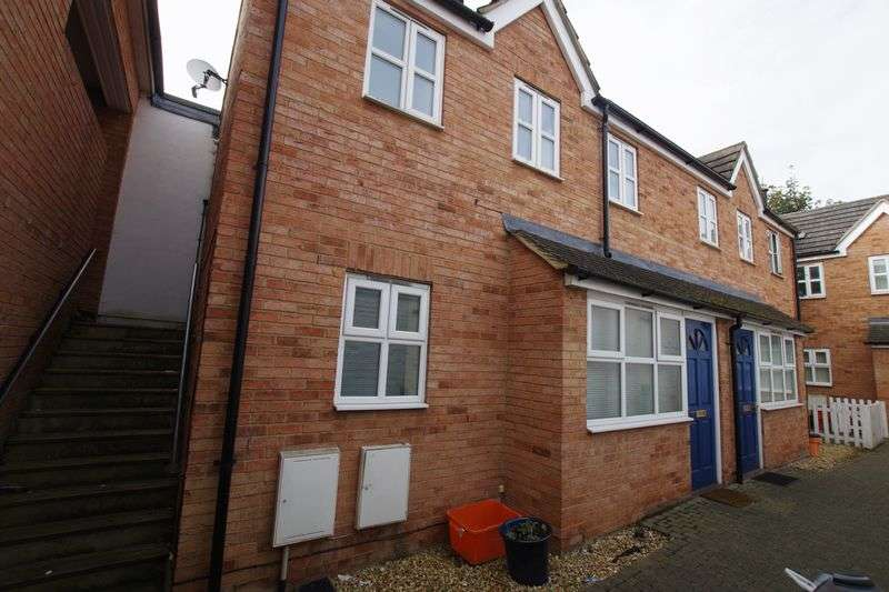 1 Bedroom Terraced House for sale in Old Town