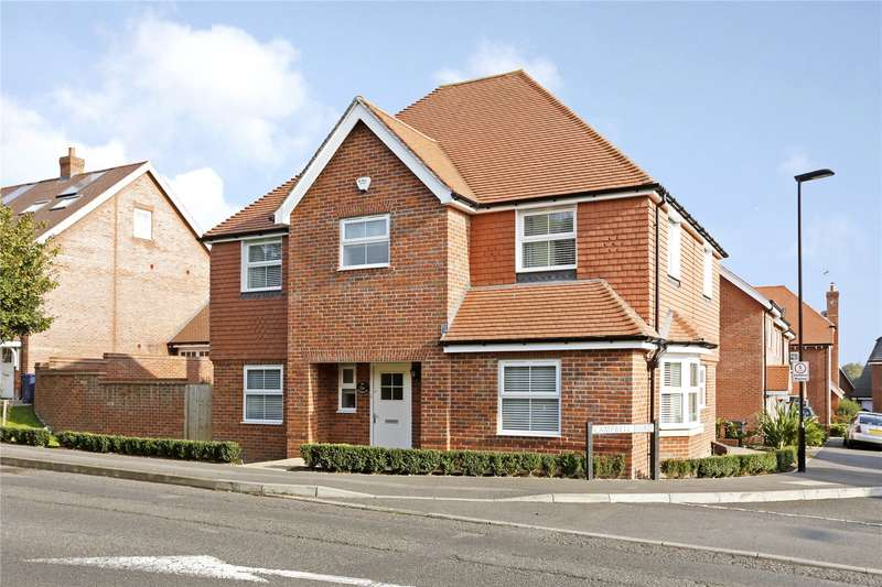 4 Bedrooms Detached House for sale in Wycombe Road, Marlow, Buckinghamshire, SL7
