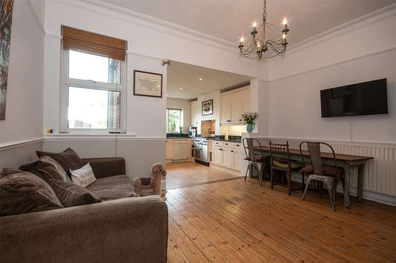 3 Bedrooms Terraced House for sale in Yorke Road, Reigate, RH2