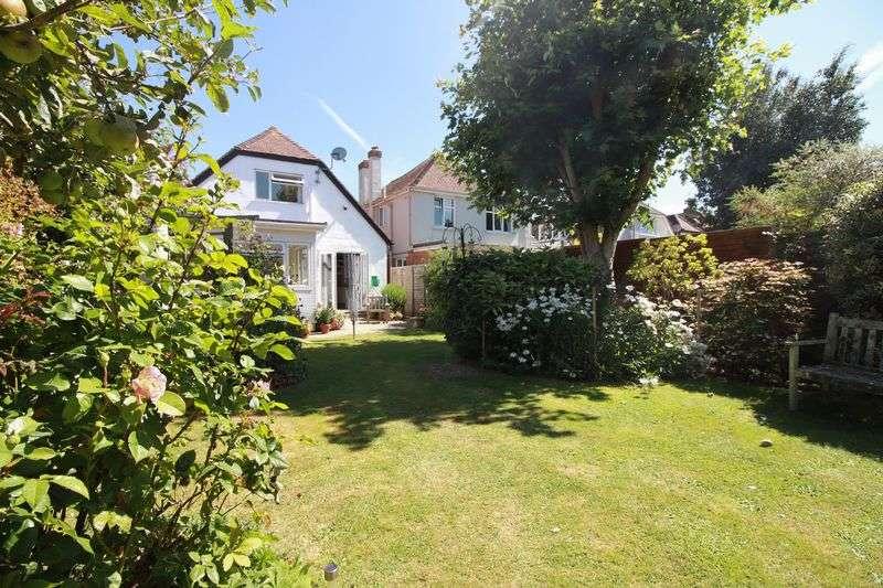 2 Bedrooms Detached House for sale in Carlton Avenue, Bognor Regis