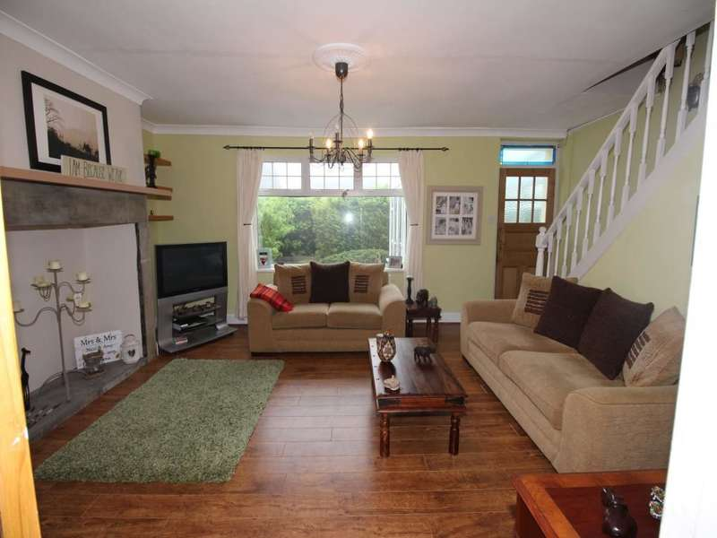 3 Bedrooms Property for sale in Frank Street, Greenside, Ryton, NE40