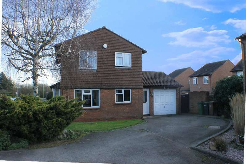 4 Bedrooms Detached House for sale in Leamington Road, Luton, Bedfordshire, LU3 3XQ