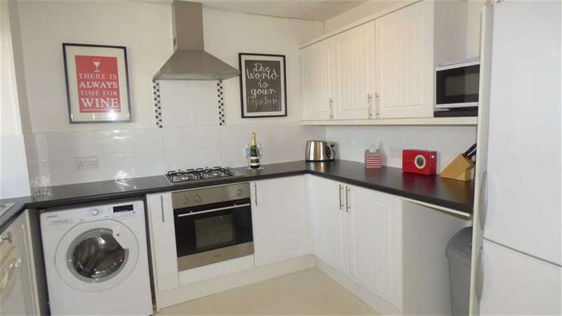 3 Bedrooms Maisonette Flat for sale in New Place Square, London