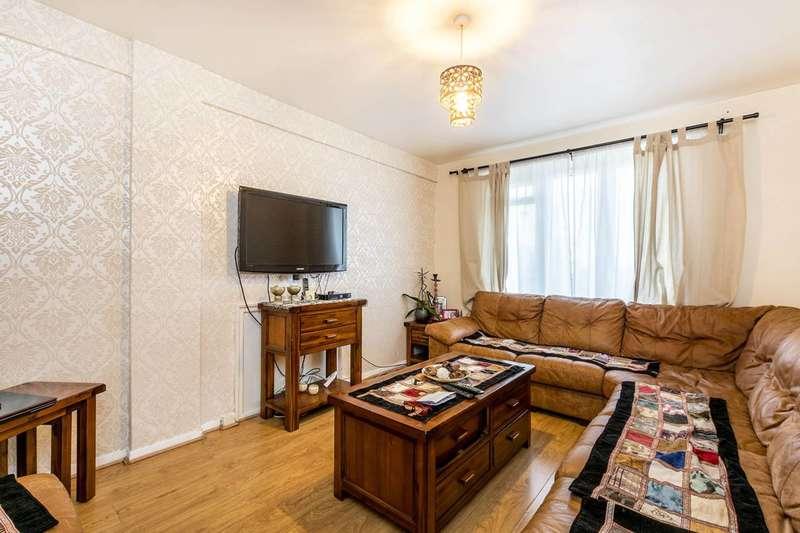 3 Bedrooms Flat for sale in Treverton Street, North Kensington, W10