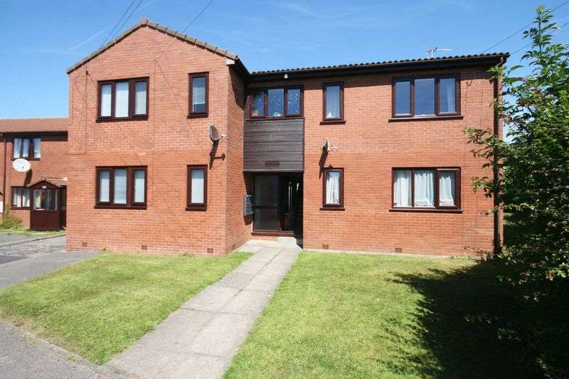 1 Bedroom Flat for sale in The Conifers, Hambleton