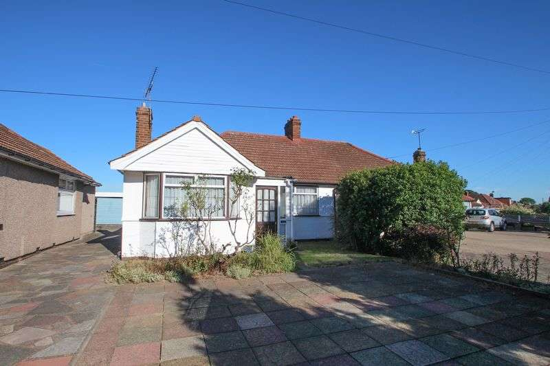 2 Bedrooms Semi Detached Bungalow for sale in Brampton Road, Bexleyheath