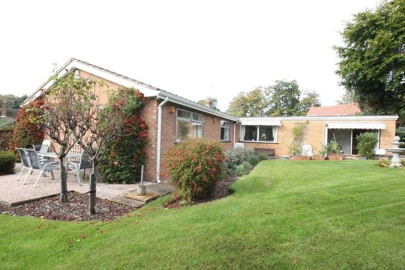 4 Bedrooms Detached Bungalow for sale in Westwood Road, Prenton, Wirral