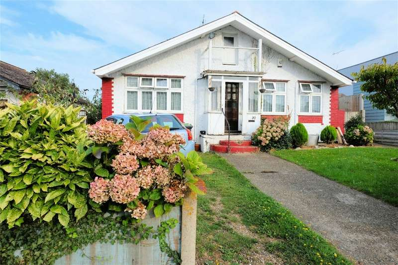 3 Bedrooms Detached Bungalow for sale in St Annes Road, Tankerton, WHITSTABLE, Kent