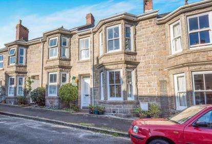 2 Bedrooms Terraced House for sale in Penzance, Cornwall
