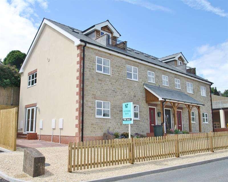 2 Bedrooms Duplex Flat for sale in Morse Road, Drybrook