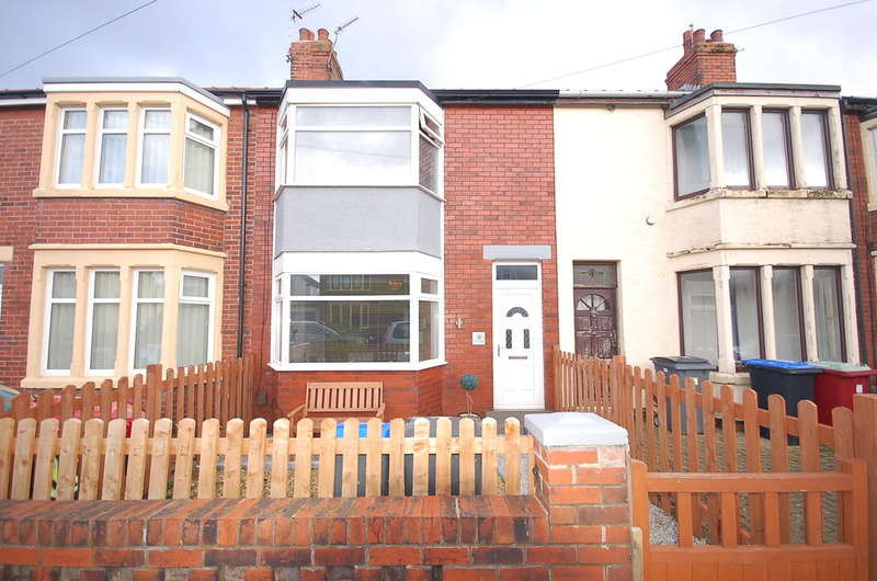 2 Bedrooms Terraced House for sale in Quernmore Avenue, Blackpool