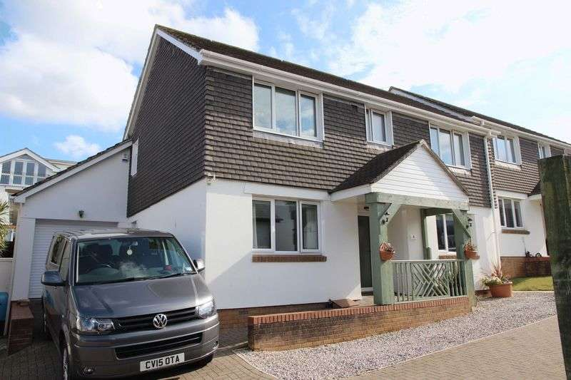 4 Bedrooms Detached House for sale in Porth, Newquay