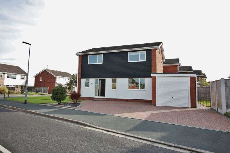 4 Bedrooms Detached House for sale in 20 Arundel Drive, Poulton-Le-Fylde, FY6 7TF