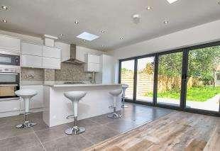 4 Bedrooms Semi Detached House for sale in Harraden Road, Blackheath, Lewisham, London