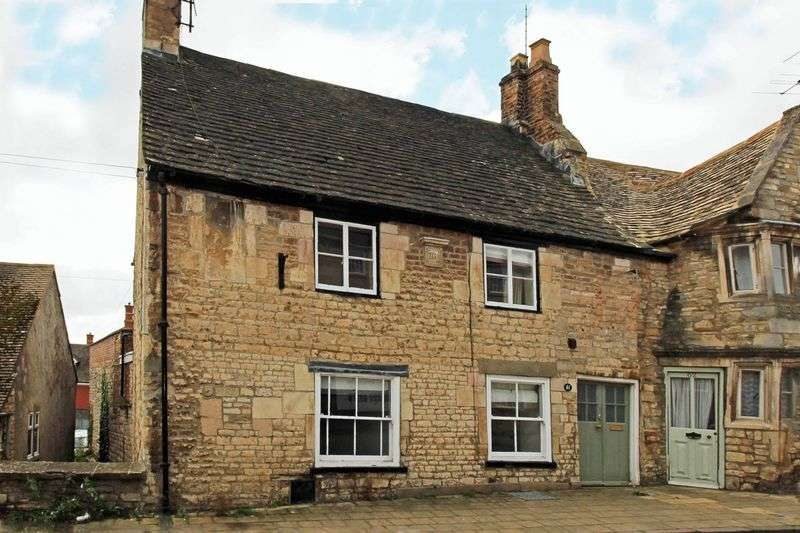 3 Bedrooms Property for sale in Classic town centre cottage! St Leonards Street, STAMFORD, Lincolnshire