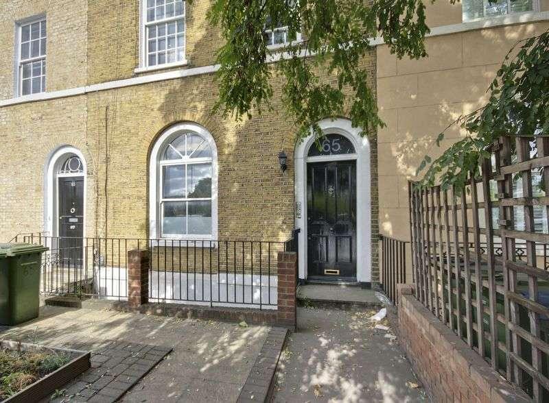 1 Bedroom Flat for sale in Blackheath Road, Greenwich, SE10