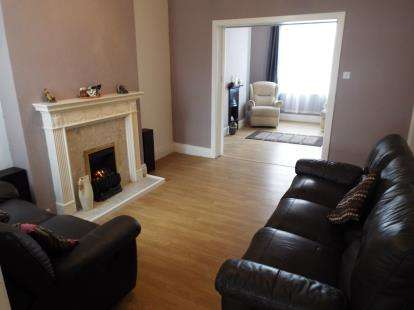 3 Bedrooms Terraced House for sale in Exeter Road, Forest Fields, Nottinghamshire