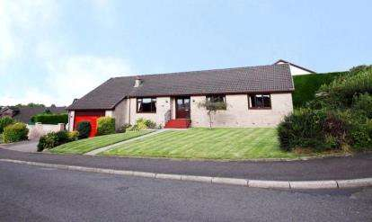 4 Bedrooms Bungalow for sale in Ailsa View, Stewarton