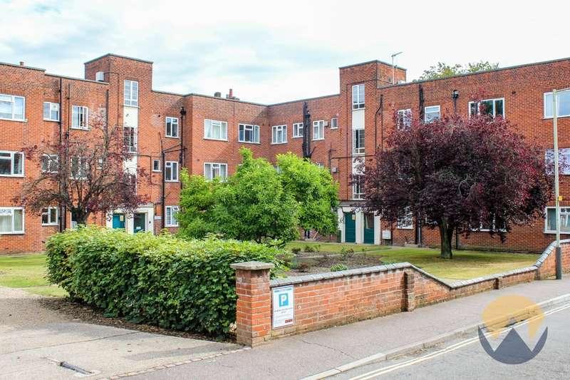 1 Bedroom Flat for sale in Earlham Court, Heigham Grove