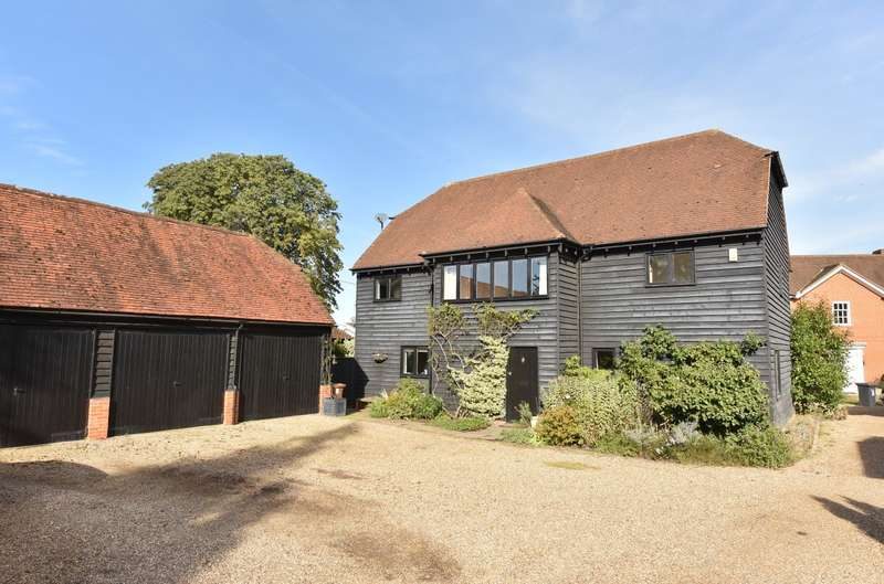 5 Bedrooms Detached House for sale in Guildford