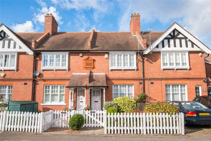 2 Bedrooms Terraced House for sale in Stuart Cottages, Belmont Lane, Stanmore, HA7