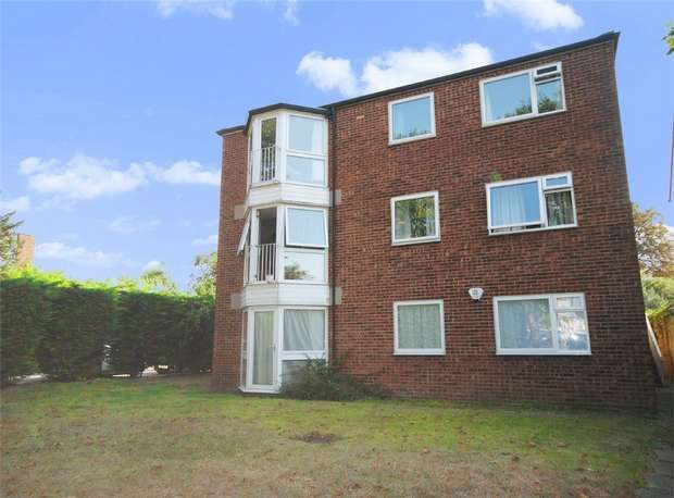 2 Bedrooms Flat for sale in Joanne Court, Hill View Road, Twickenham