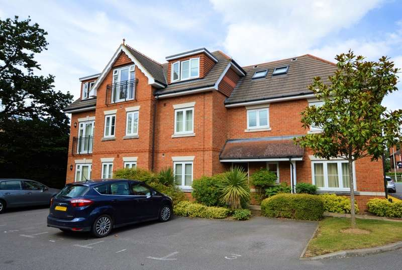 2 Bedrooms Apartment Flat for sale in Westbrook Court, Reading Road, Winnersh, RG41