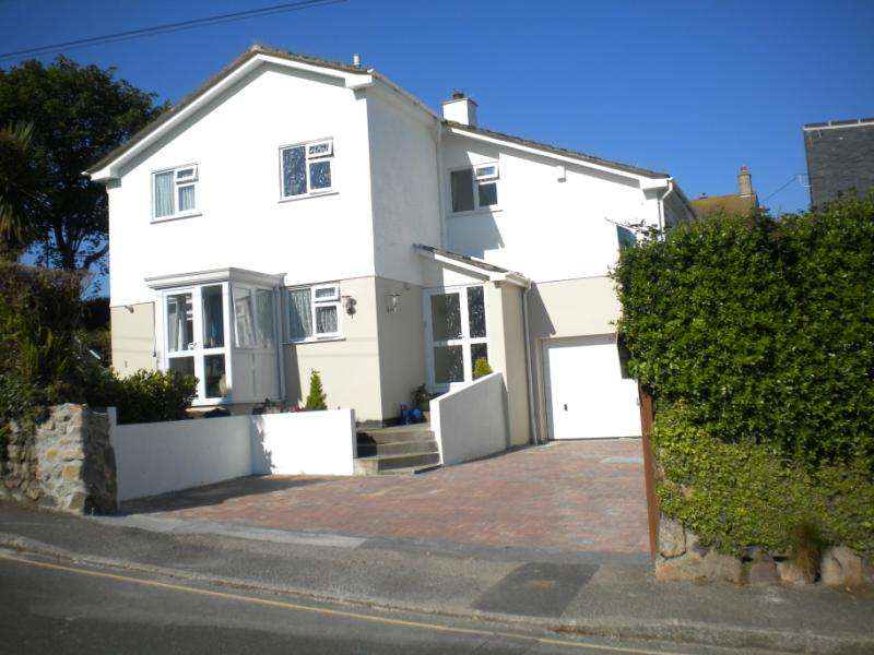 4 Bedrooms Detached House for sale in Porthrepta Road, St Ives, Cornwall