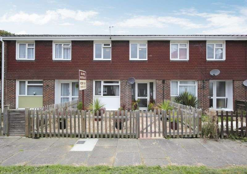 3 Bedrooms Terraced House for sale in Chiltern Close, West Green, Crawley, West Sussex