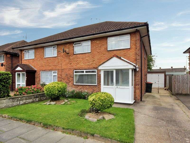 3 Bedrooms Semi Detached House for sale in Hudson Road, Tilgate, Crawley, West Sussex
