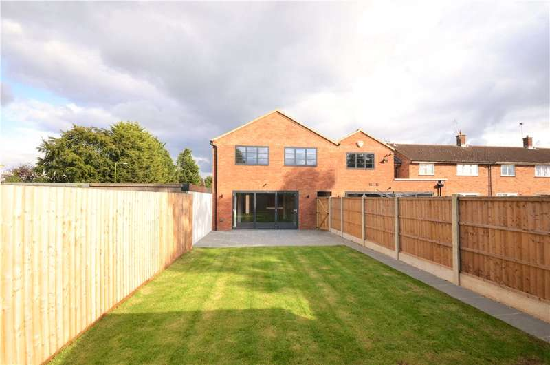 4 Bedrooms House for sale in Kenilworth Close, Borehamwood, Hertfordshire, WD6