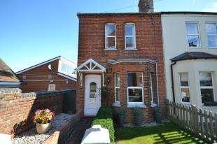 3 Bedrooms Semi Detached House for sale in Shaftesbury Road, Tunbridge Wells, Kent, .