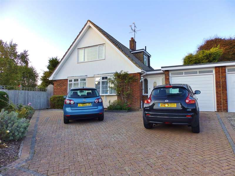4 Bedrooms Detached House for sale in Gresham Close, Eastbourne