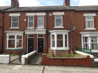 3 Bedrooms Terraced House for sale in Greenbank Road, Darlington