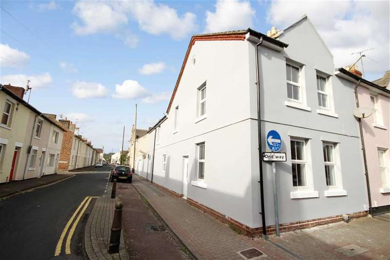 3 Bedrooms Property for sale in King William Street, Old Town, Swindon