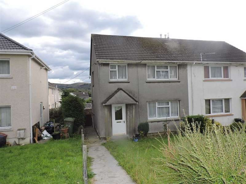 3 Bedrooms Property for sale in Maesyglyn, Glanamman