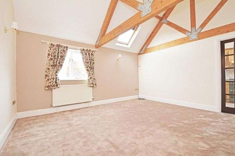 2 Bedrooms Terraced House for sale in Priory Court, Much Wenlock