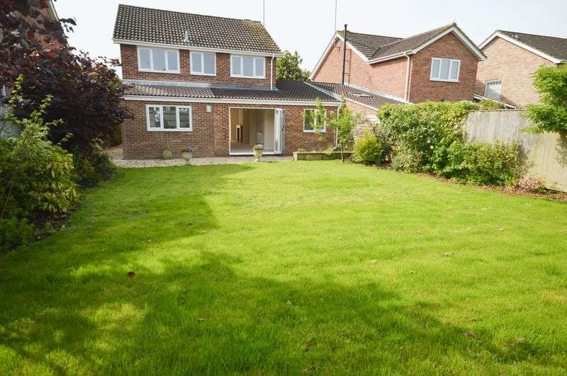 4 Bedrooms Detached House for sale in Coleview/Covingham