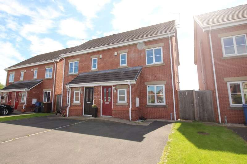 3 Bedrooms Semi Detached House for sale in Ennerdale Road, Astley,Tyldesley, Manchester, M29