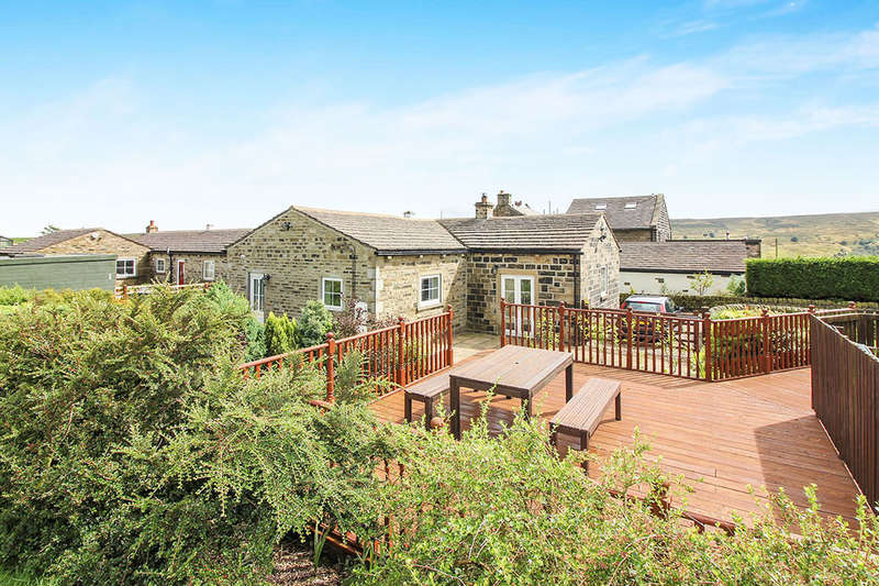 3 Bedrooms Semi Detached Bungalow for sale in Well Cottage Black Moor Road, Oxenhope, Keighley, BD22