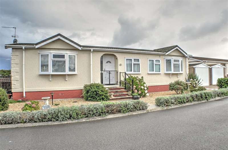 3 Bedrooms Park Home Mobile Home for sale in Marina View, Dogdyke