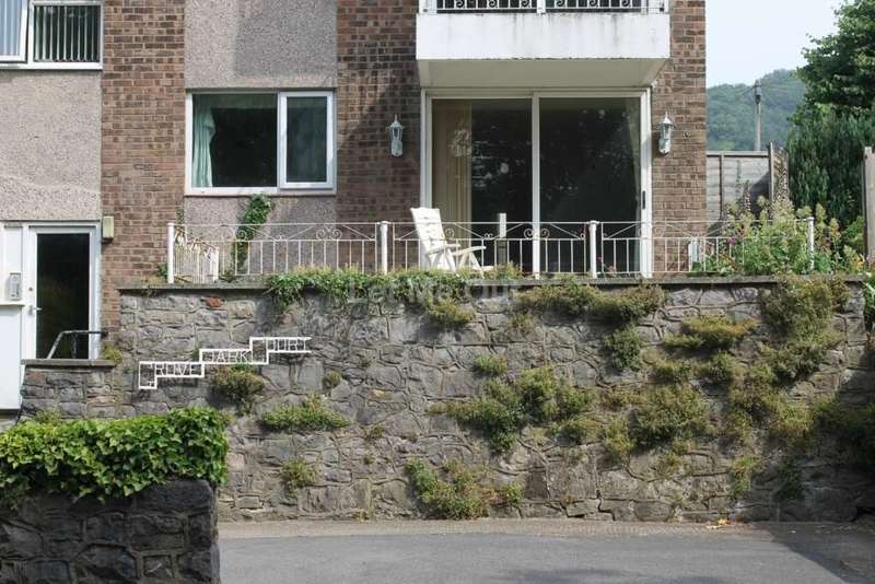 2 Bedrooms Apartment Flat for sale in Upper Church Road, Weston Super Mare