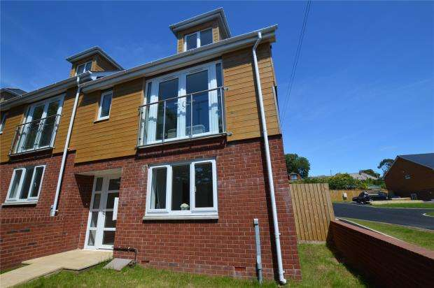 4 Bedrooms Semi Detached House for sale in Exeter Road, Exmouth