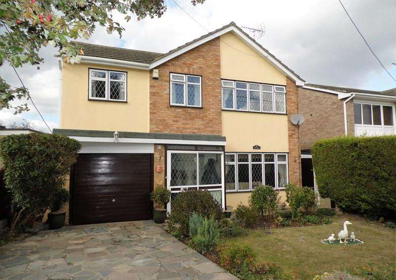 4 Bedrooms Detached House for sale in Rayleigh Avenue, Leigh-On-Sea