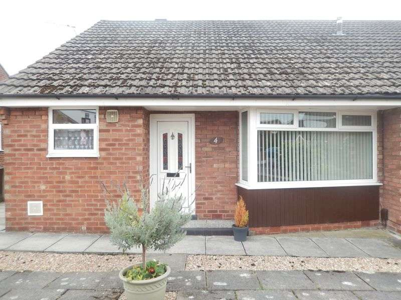 3 Bedrooms Semi Detached Bungalow for sale in Norman Avenue, Newton-Le-Willows
